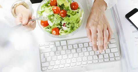 Diez consejos para comer sano y variado en la oficina